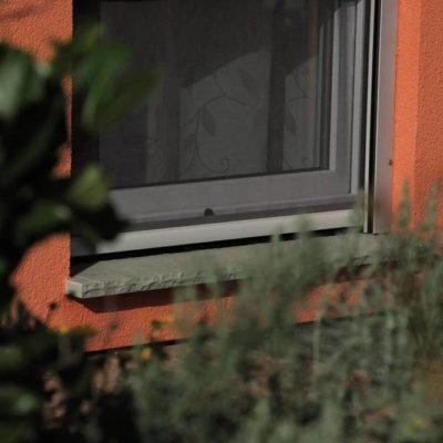 Ein Haus mit einem neuen Fenster von W&H in Bremervörde